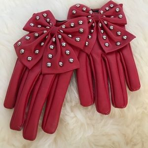 Cute Red Studded Bow Gloves